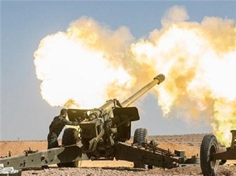 Chiến sự Syria: Quân đội Syria nã đạn pháo vào các căn cứ của IS ở phía đông tỉnh Homs, ngày 13/1/2016