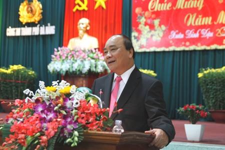 Thủ tướng đến thăm, chúc Tết Đảng bộ, chính quyền TP. Đà Nẵng. Ảnh: VGP