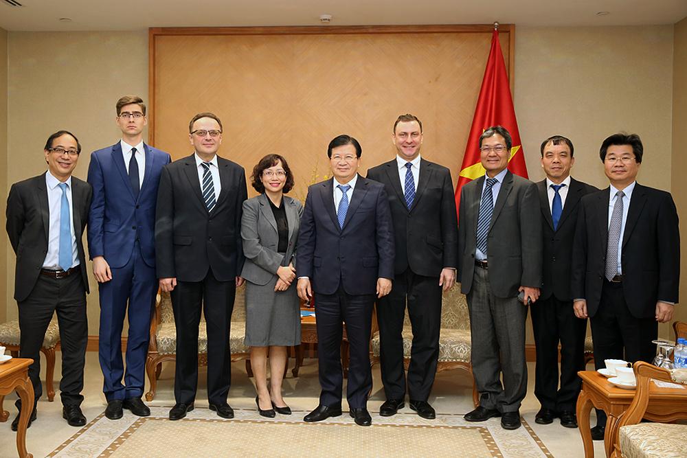 Phó Thủ tướng Trịnh Đình Dũng cũng đề nghị Belarus tạo điều kiện thuận lợi để doanh nghiệp Việt Nam sớm xuất khẩu gạo vào Belarus. Ảnh: VGP