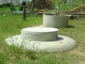 Hầm biogas nơi 3 anh em ruột bị tử vong. Ảnh: Lao Động