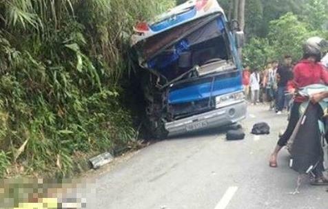 Hiện trường vụ tai nạn giao thông nghiêm trọng ở Tam Đảo. Ảnh: Kinh tế và Đô thị