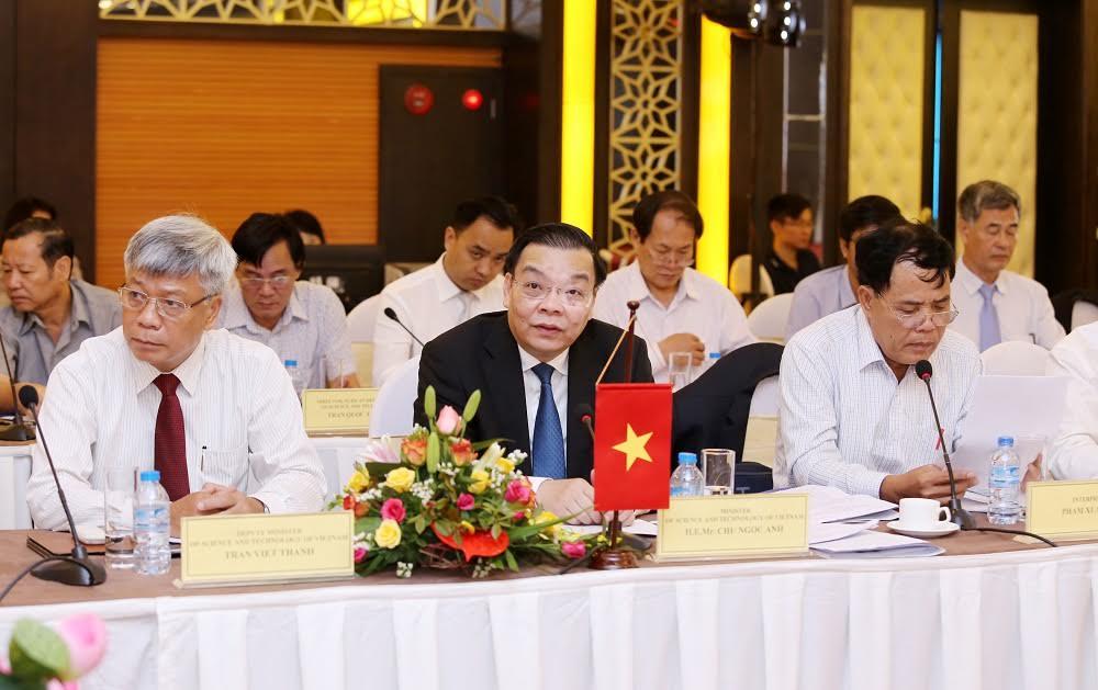 Bộ trưởng Bộ KH&CN Chu Ngọc Anh phát biểu tại khóa họp