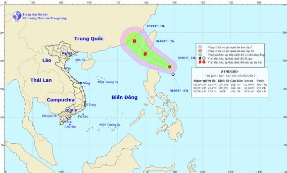 Áp thấp nhiệt đới đang tiến dần vào biển Đông. Ảnh: TTDBKTTVTW