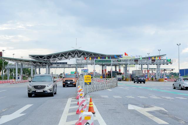 Trạm BOT Hà Nội - Bắc Giang áp dụng thu phí không dừng từ ngày 17/10. Ảnh: Dân trí