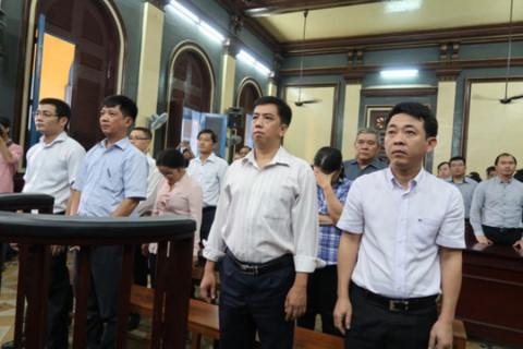 Các bị cáo tại phiên tòa xét xử vụ VN Pharma. Ảnh: an ninh thủ đô