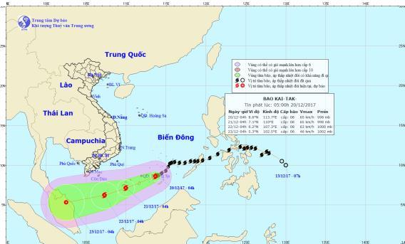 Vị trí và hướng đi của cơn bão số 15. Ảnh: TTDBKTTVTW