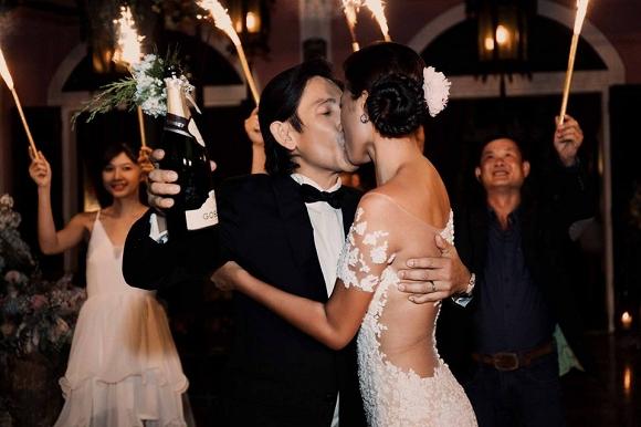 Tối 19/3, Trang Lạ tổ chức hôn lễ với bác sĩ Việt kiều tại biệt thự riêng.