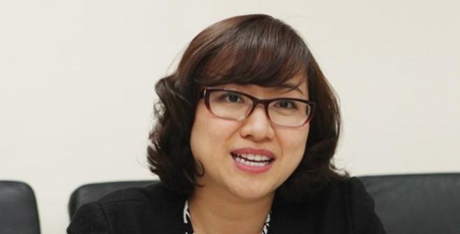 Nữ doanh nhân sở hữu 2 bằng đại học danh giá tại đại học George Mason, Mỹ. Chồng cô cũng là người Mỹ, giảng viên của một đại học lớn. Tuy vậy, Thu Thủy vẫn khiến nhiều người bất ngờ khi trở về Việt Nam và gắn bó với ngân hàng và được bình chọn là 'Nhà lãnh đạo ngân hàng trẻ xuất sắc nhất Việt Nam 2014' (Best Young Banking Leader Vietnam 2014), trong khuôn khổ sự kiện Global Banking & Finance Review (GBAF).