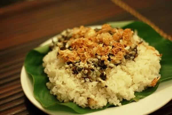 Món xôi trứng kiến thơm bùi của người Bắc Giang