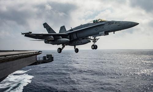 Tình hình chiến sự Syria mới nhất: Chiến đấu cơ F/A-18E của Mỹ xuất kích từ tàu sân bay USS Dwight D. Eisenhower (CVN 69) trên Địa Trung Hải ngày 28/6