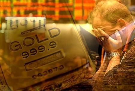 Chưa bao giờ niềm tin vào giá vàng trong nước của người dân lại suy giảm như hiện nay