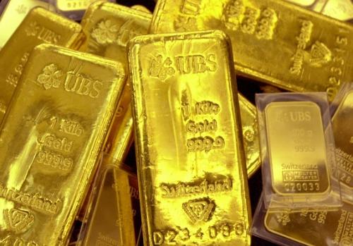 giá vàng hôm nay ngày 19/10/2015 tăng mạnh trở lại, duy trì ở ngưỡng 1.184,7 USD/ ounce
