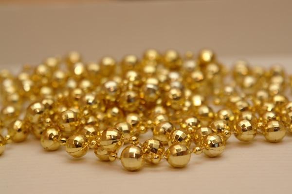 Chênh lệch giữa giá vàng trong nước và giá vàng thế giới hôm nay chỉ còn khoảng 1,1 triệu đồng/lượng