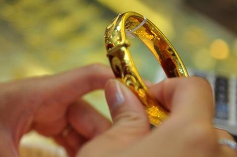 Chênh lệch giữa giá vàng trong nước và giá vàng thế giới hôm nay đang ở mức 40.000 đồng/lượng