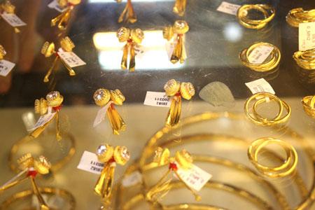 Kinh doanh vàng trang sức, mỹ nghệ vào khuôn phép