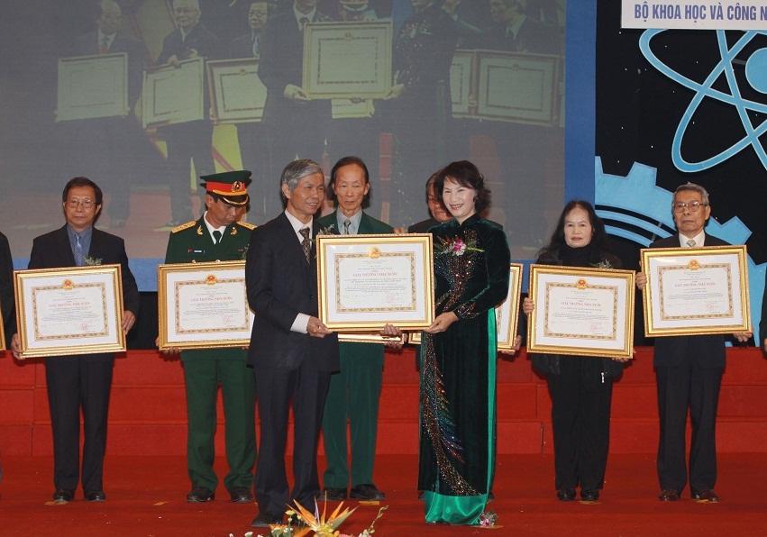 94 hồ sơ dự xét tặng Giải thưởng Hồ Chí Minh, Giải thưởng Nhà nước về Khoa học và công nghệ