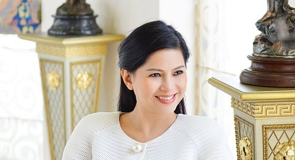 Lê Hồng Thủy Tiên, nữ doanh nhân trẻ, truyền thông, Forbes, tiếp viên hàng không, diễn viên, liên thái bình dương