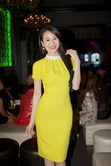Thái Hà nền nã với tông màu vàng.