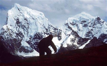 Người tuyết , Yeti , sinh vật huyền thoại , truyền thuyết , bí ẩn