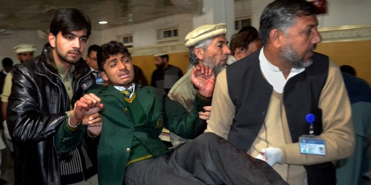 vụ thảm sát 132 trẻ em, thủ lĩnh Taliban, Pakistan, tấn công, tiêm chủng