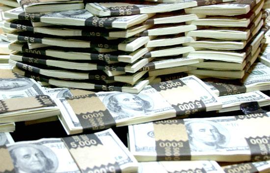 Trong khi giá vàng hôm nay tăng thì đồng USD đang suy yếu do những số liệu ảm đạm của nền kinh tế Mỹ