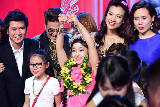 Trong khi đó, quán quân Giọng hát Việt nhí 2015 bày tỏ không quan tâm đến thắng thua mà chỉ muốn hát cho thỏa đam mê