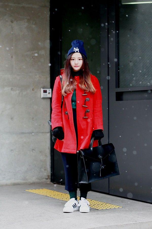 Quần áo mùa đông ưu tiên những màu sắc nóng đem lại cảm giác ấm áp