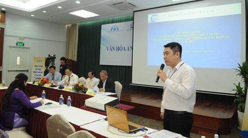 """Báo SGGP phối hợp với Ủy ban An toàn giao thông Quốc gia, Cục Hàng không Việt Nam tổ chức buổi tọa đàm với chủ đề """"Văn hóa an toàn hàng không""""."""