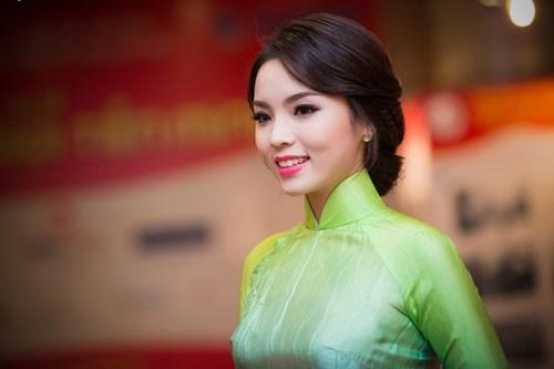 Hoa hậu Kỳ Duyên đang ngày càng giành được thiện cảm từ khán giả