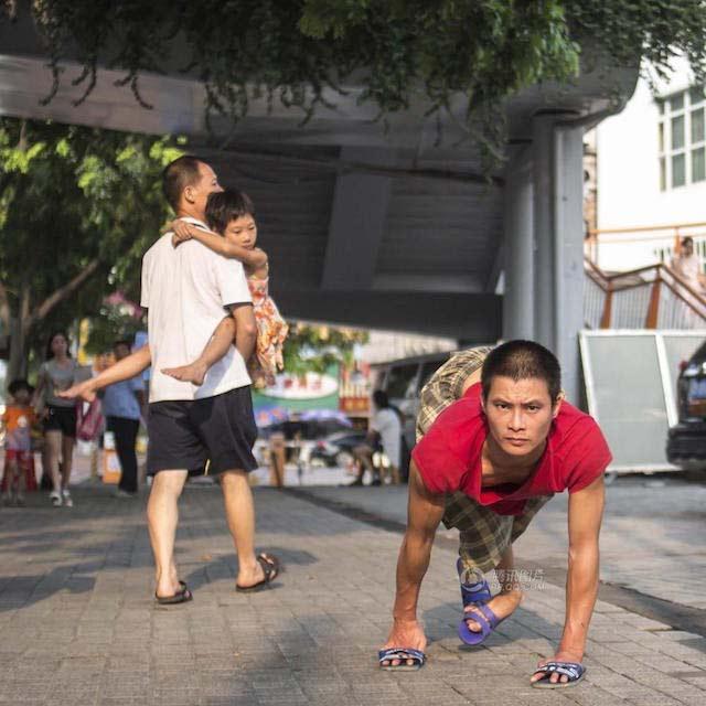 Câu chuyện tìm con mất tích của người cha khuyết tật Chen Shengkuan khiến dư luận Trung Quốc xúc động