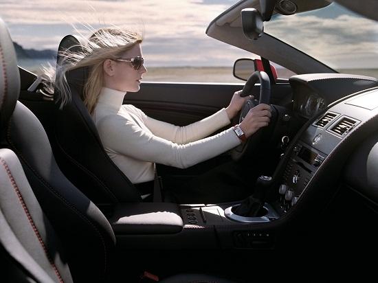 Phụ nữ nên tự tin để lái xe an toàn