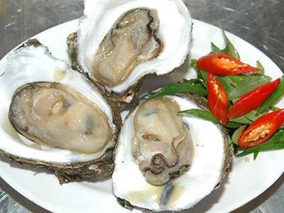 Ăn nhiều hải sản sống có thể gây ra nhiều chứng bệnh