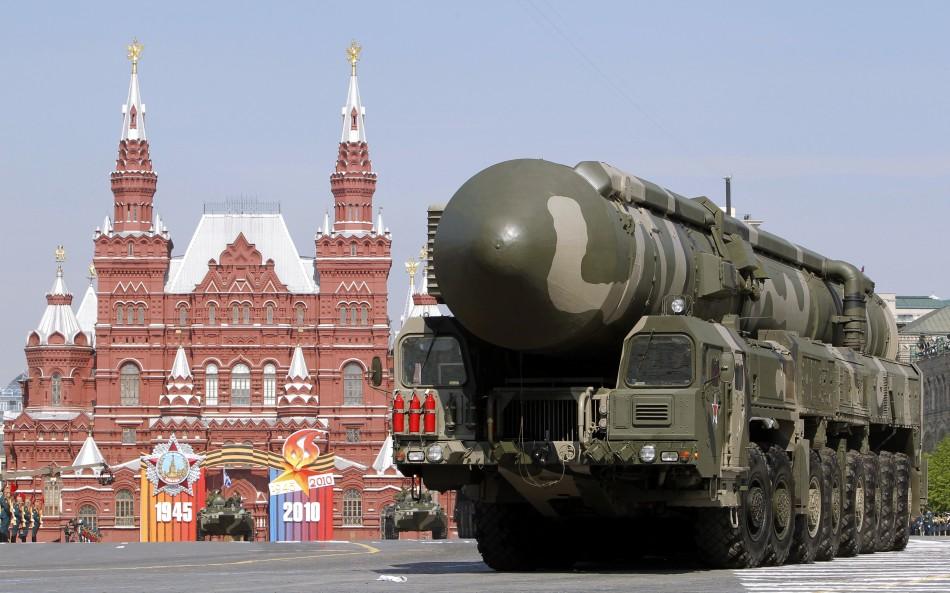Hiện 10 tổ hợp tên lửa đạn đạo đang tuần tra tại 7 khu vực trên lãnh thổ Nga