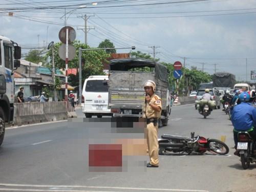 Hiện trường tai nạn giao thông kinh hoàng khiến người phụ nữ tử vong
