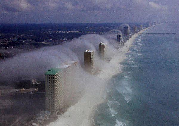 Mây sóng thần là một hiện tượng bí ẩn hiếm gặp của tự nhiên