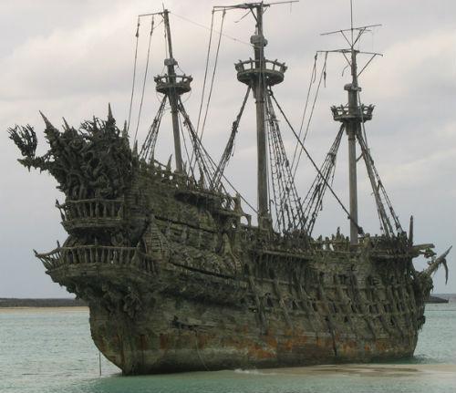 Tàu Flying Dutchman với những hiện tượng bí ẩn đã được xuất hiện trong phim ảnh
