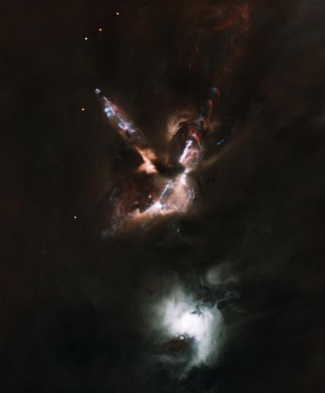 Đài quan sát Gemini đã ghi lại được màn trình diễn ánh sáng xuất hiện khi các ngôi sao được sinh ra. Tại ngôi sao mới sinh này, những tia sét siêu thanh được sản sinh ra từ lõi mây đặc. Ảnh Gemini Observatory