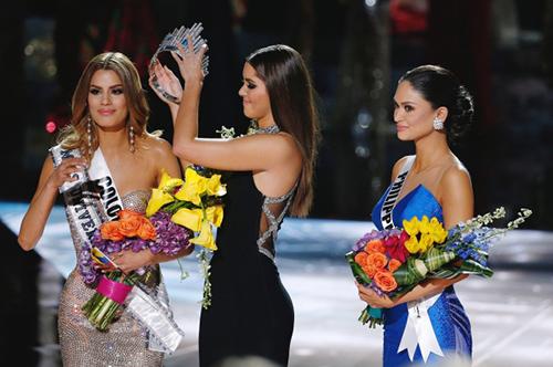 Hoa hậu Hoàn vũ trở thành 'trò cười cho thiên hạ'