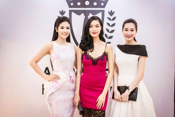 Các Hoa hậu Việt Nam  xinh tươi trong sự kiện khai trương cửa hàng của Ngọc Hân