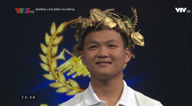 he-lo-ve-chang-thanh-giong-cua-duong-len-dinh-olympia-nam-17