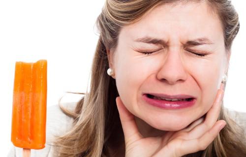 5 Dấu hiện trên răng cảnh báo bệnh nguy hiểm ai cũng nên biết