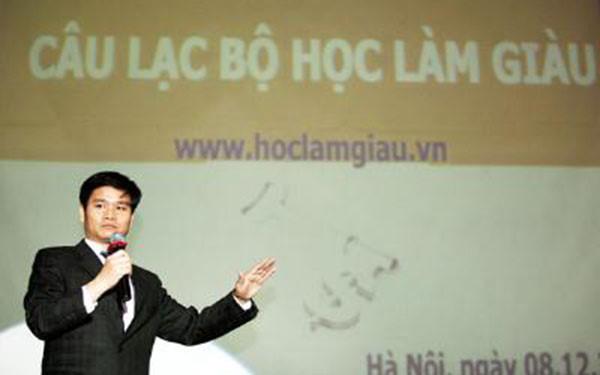 Ông chủ của trang mạng 'hoclamgiau.vn' -  Phạm Thanh Hải Tổng Giám đốc Công ty IDT bị bắt để phục vụ điều tra đã gây chú ý trong dư luận.