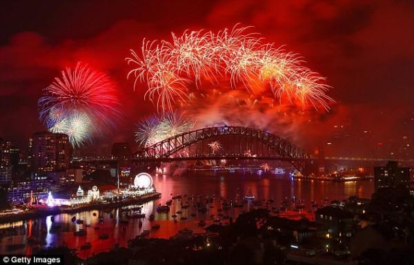 Những bữa tiệc ánh sáng 'đã mắt' nhất đón năm mới 2018