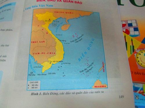 Học sinh tiểu học đã được vun đúc ý thức chủ quyền dân tộc như những tấm bản đồ như này
