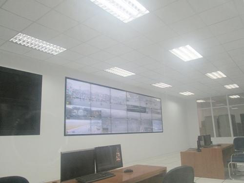 Có quá ít đèn giao thông được kết nối với Trung tâm xử lý tín hiệu.