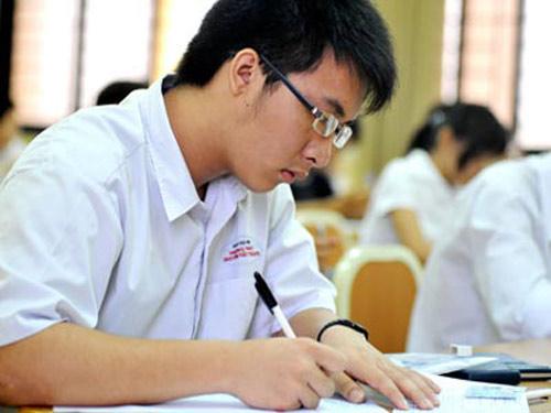 Thí sinh chỉ được nộp vào 1 trường trong đợt xét tuyển đầu tiên sau kỳ thi THPT Quốc gia 2015
