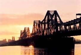 Xây cầu mới ngay sát cầu Long Biên