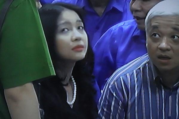 Đây là phút giáp mặt, trò chuyện hiếm hoi của vợ chồng ông Nguyễn Đức Kiên và bà Đặng Ngọc Lan trong suốt 21 tháng qua.
