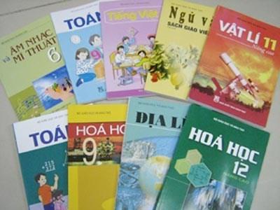 Đổi mới giáo dục, sách giáo khoa mới, tài liệu dạy học, học sinh, giáo viên