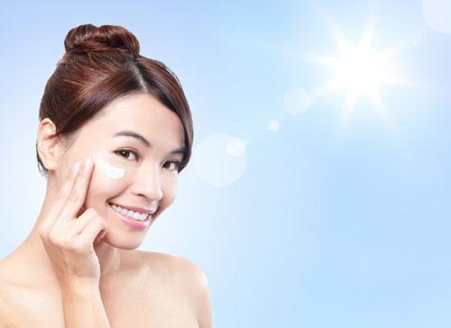 Chăm sóc da dầu đúng cách, hiệu quả và an toàn vào mùa đông